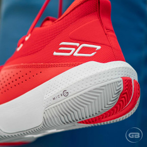 Under Armour SC 3ZER0 IV ''Red''